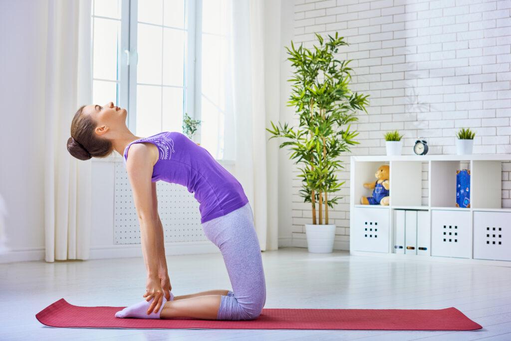 Ćwiczenia nazdrowy kręgosłup- jak je wykonywać?